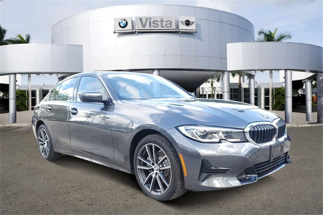 Pre-Owned 2019 BMW 3 Series 330i xDrive