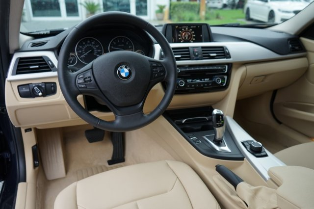Certified Pre-Owned 2016 BMW 3 Series 320i